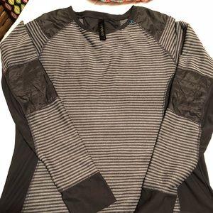 Men's long sleeve mondetta Xl grey/black.